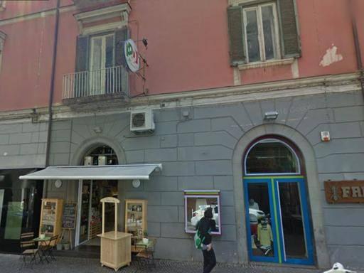 Castellammare, addio alla sede del Pd Chiude per debiti: ospitò Berlinguer