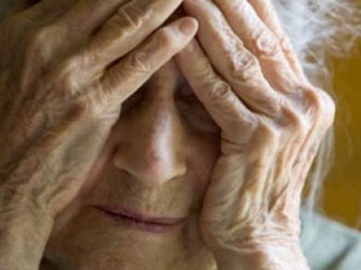 Maltrattavano anziani e minorati psichici in casa di cura